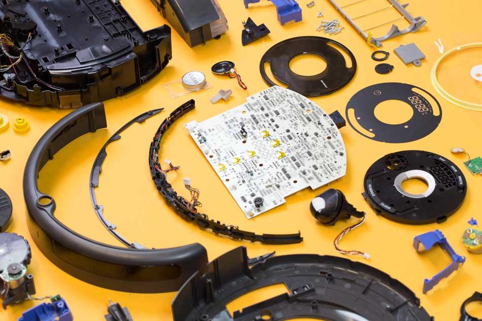 The Great Robotic Vacuum Showdown Part 1: Roomba 650