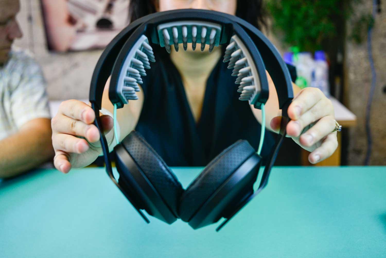 Halo Sport neurostimulator head phones teardown