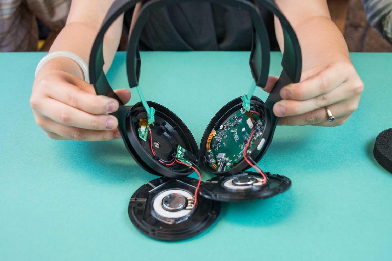 Halo Sport neurostimulator headphones teardown