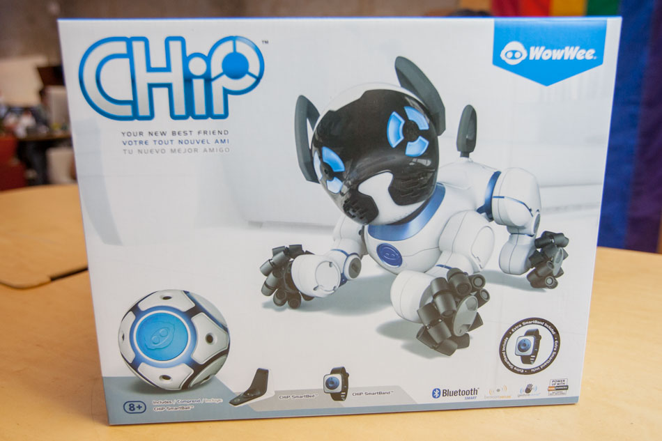 WowWee CHiP the Robot Dog box
