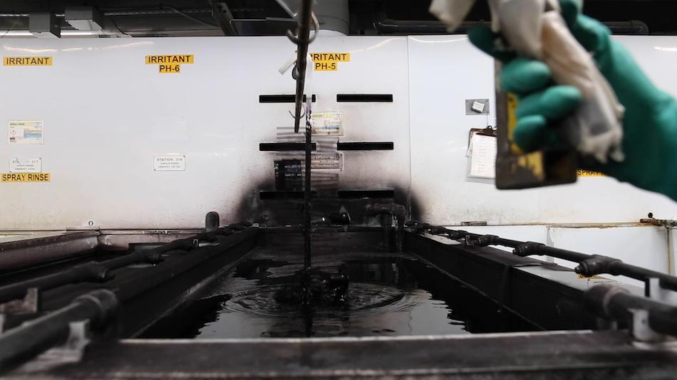 dye bath during anodizing process