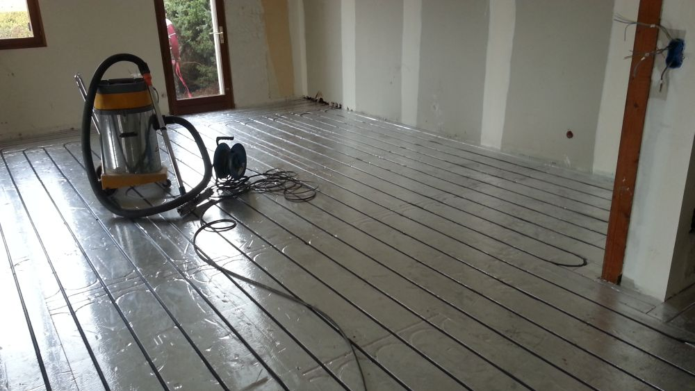 Exemple de pose plancher chauffant caleosol en rénovation  à Bordeaux et Saint-Eulalie