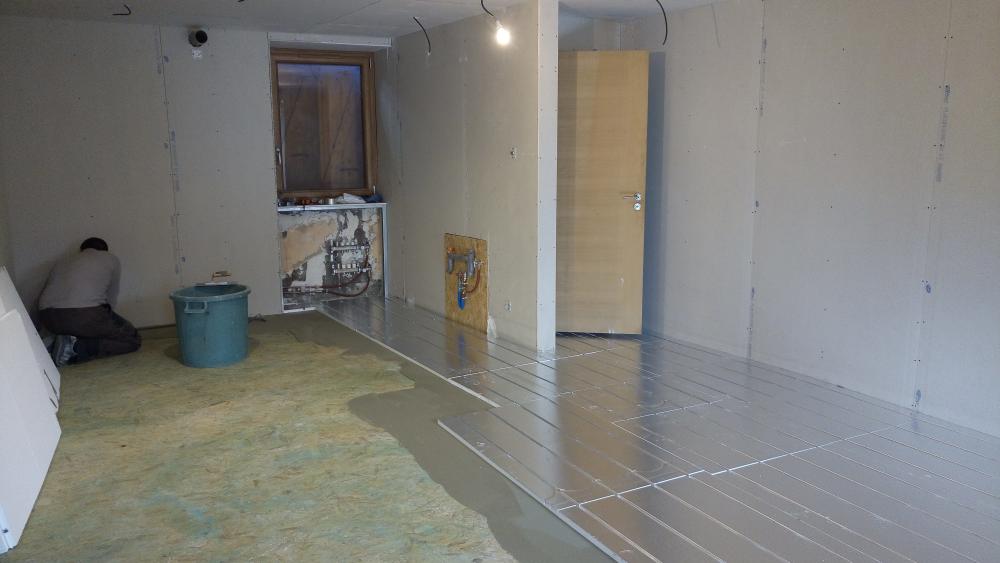 Collage plancher chauffant à 73190 Apremont Chambery