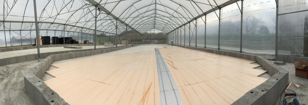 Le plancher chauffant spiruline se pose en fond de bassin de 200 à 600 m²