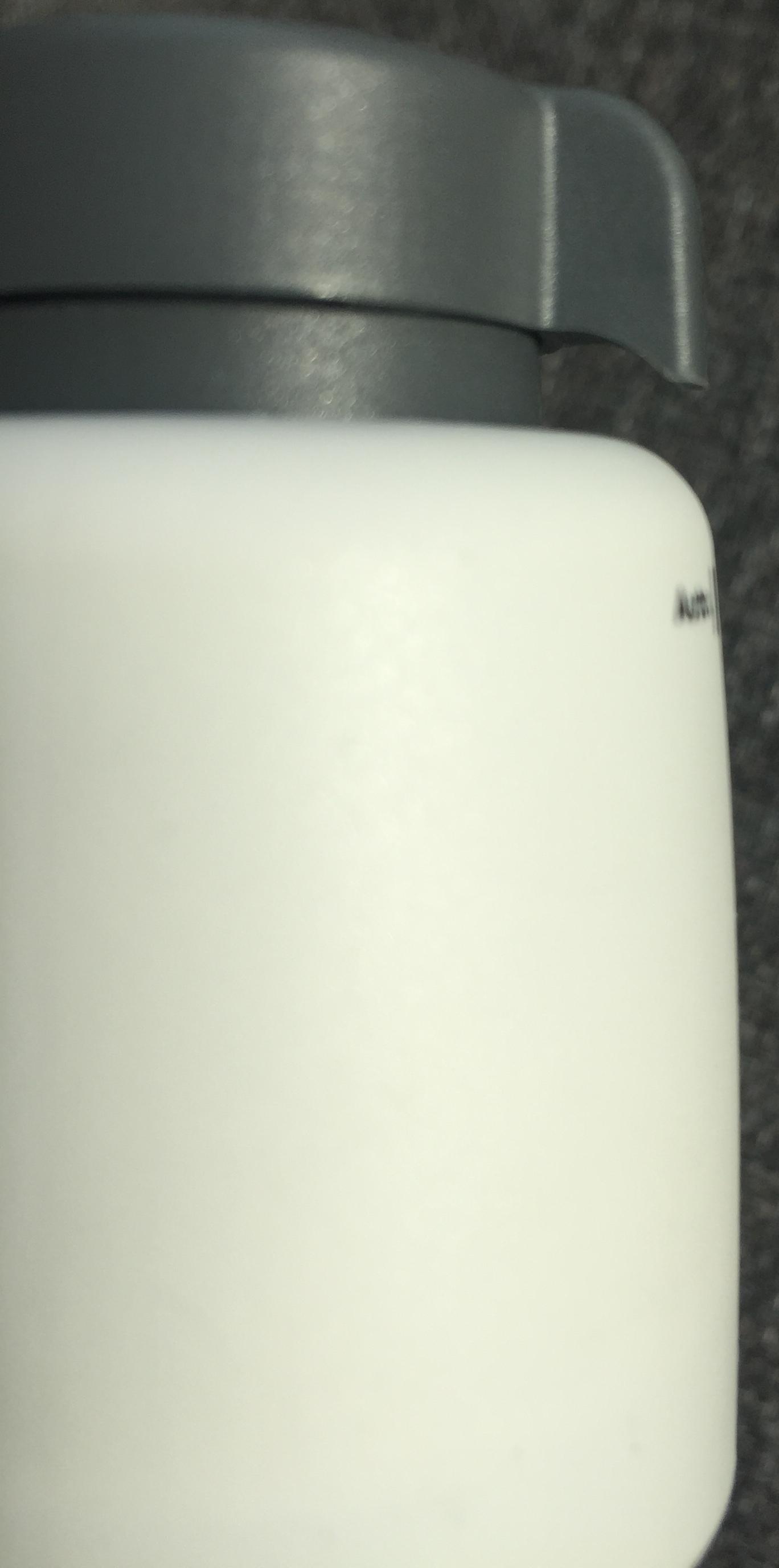 Quand l'actuateur ou micro-moteur est ouvert ou en mode manuel, la bague grise est levée
