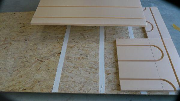 pose de plancher chauffant sec sur plancher osb pour réduire la charge