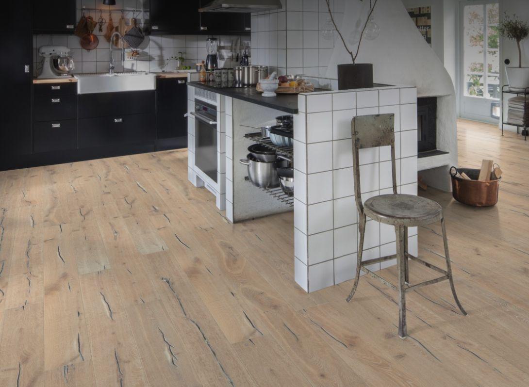 Exemple Aspland : Le charme et la tradition enfin révélés. Une usure naturelle avec des nuances rappelant celles du pain et de la farine.