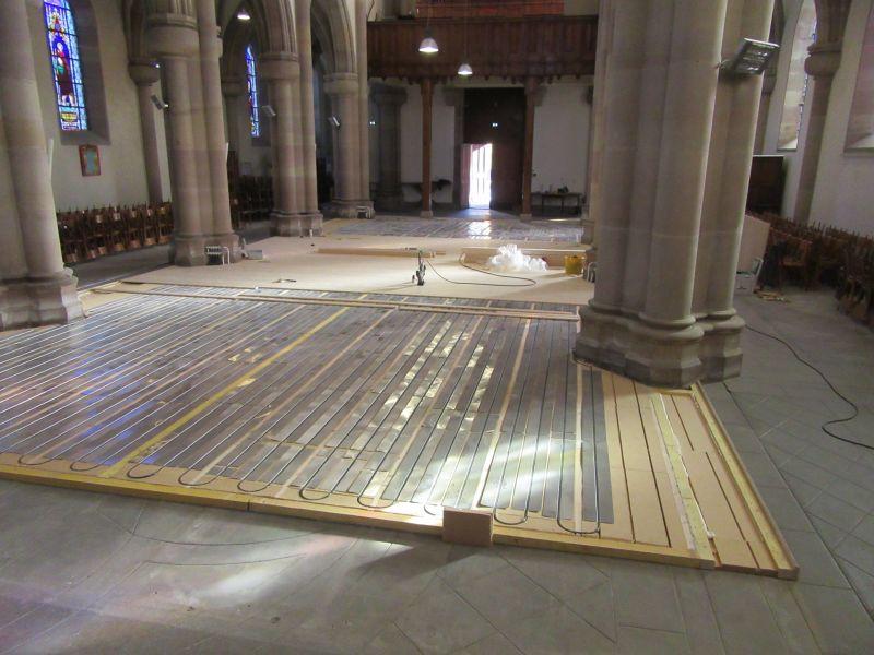 Pose plancher chauffant Caleosol dans une église 25000 Montbéliard