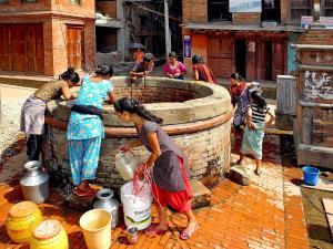 trip331_Nepal_bhaktapur_  pb
