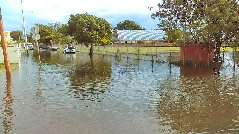 Foto de inundación en Urb. Los Ángeles, Carolina, Puerto Rico.