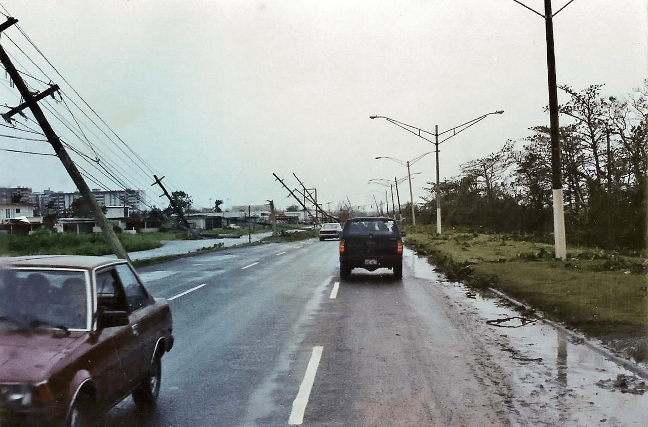 Foto tras el paso del Huracán Hugo por Puerto Rico.