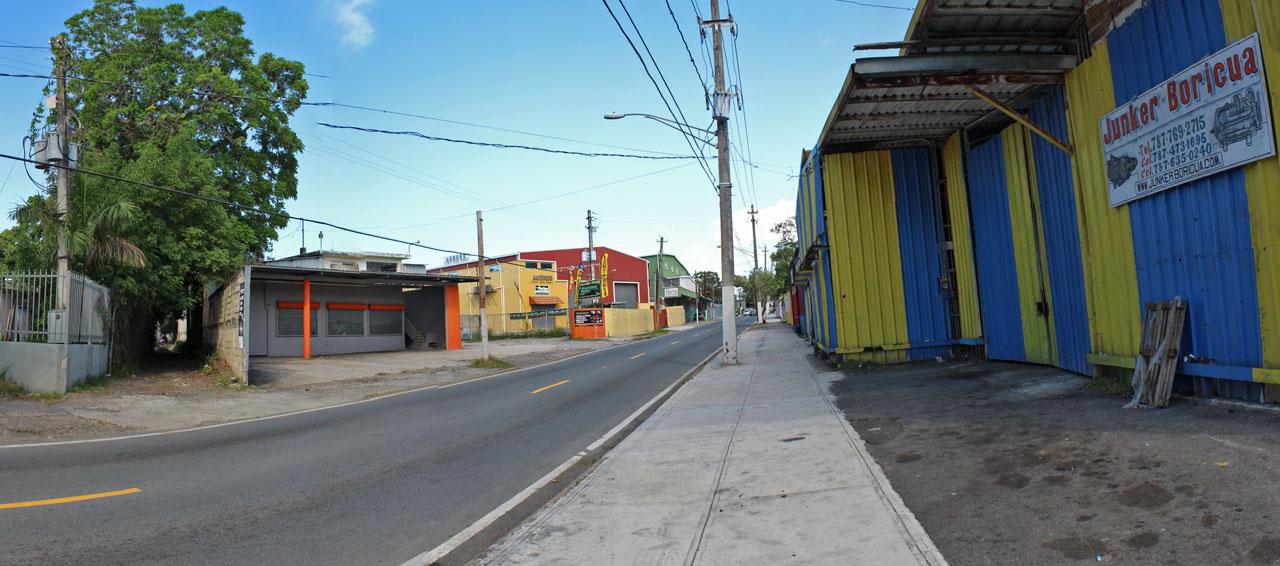 """Carr. 887: """"La carretera de los junkers"""", San Antón, Carolina, Puerto Rico."""