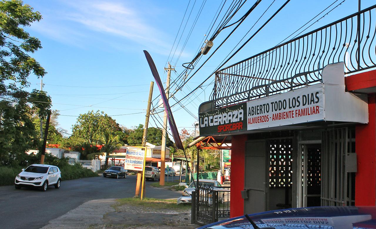 "La Terraza Sport Bar, Carretera 848 (Juan José García Ríos ""Chejuan""), San Antón, Carolina, Puerto Rico."