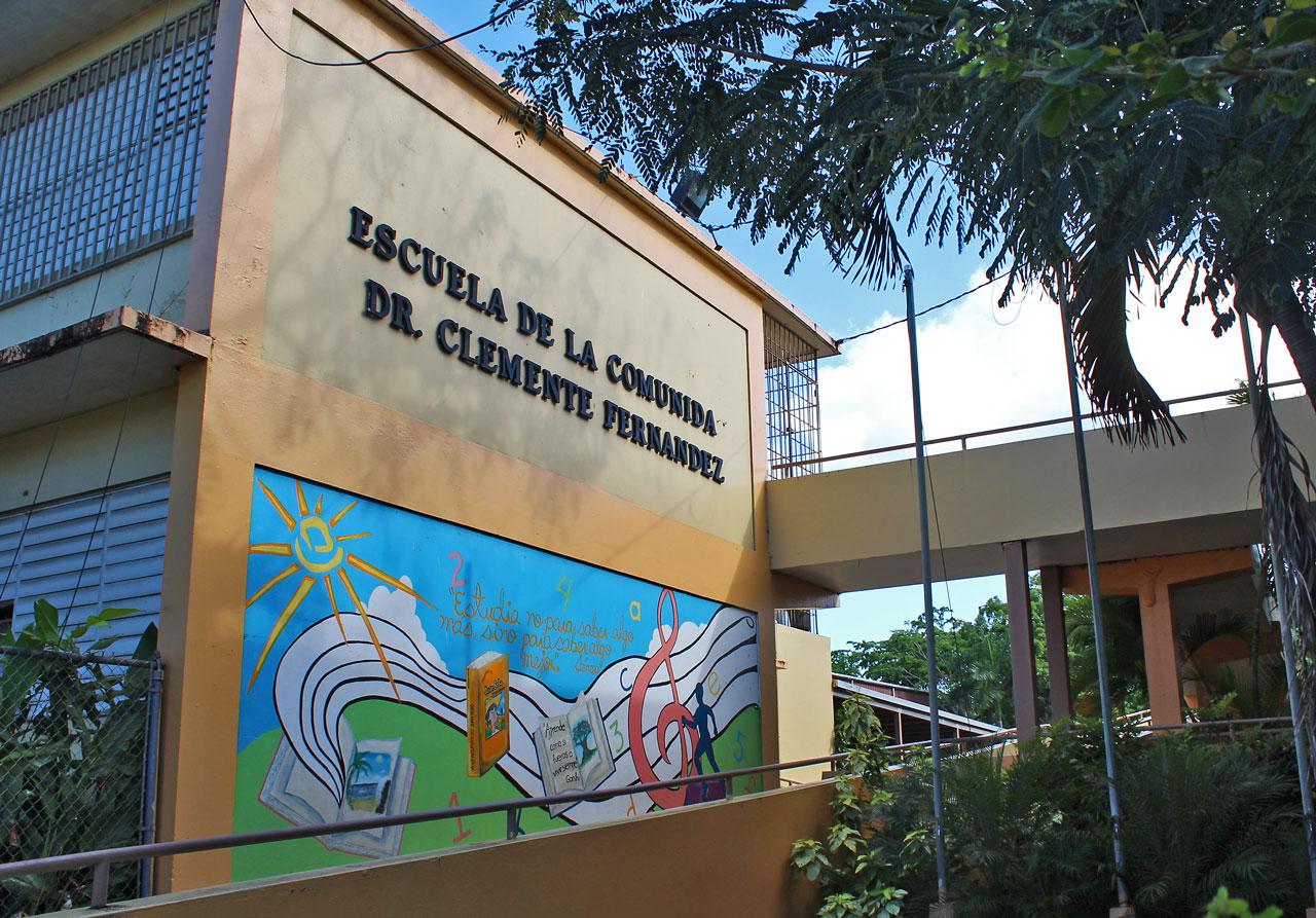 Escuela de la Comunidad Dr. Clemente Fernández, Carolina, PR.