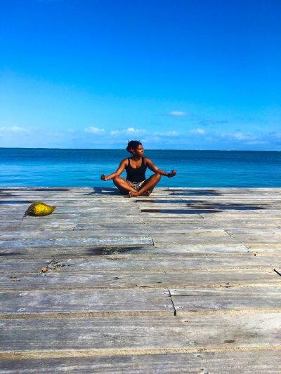 stephanie-goff-meditating