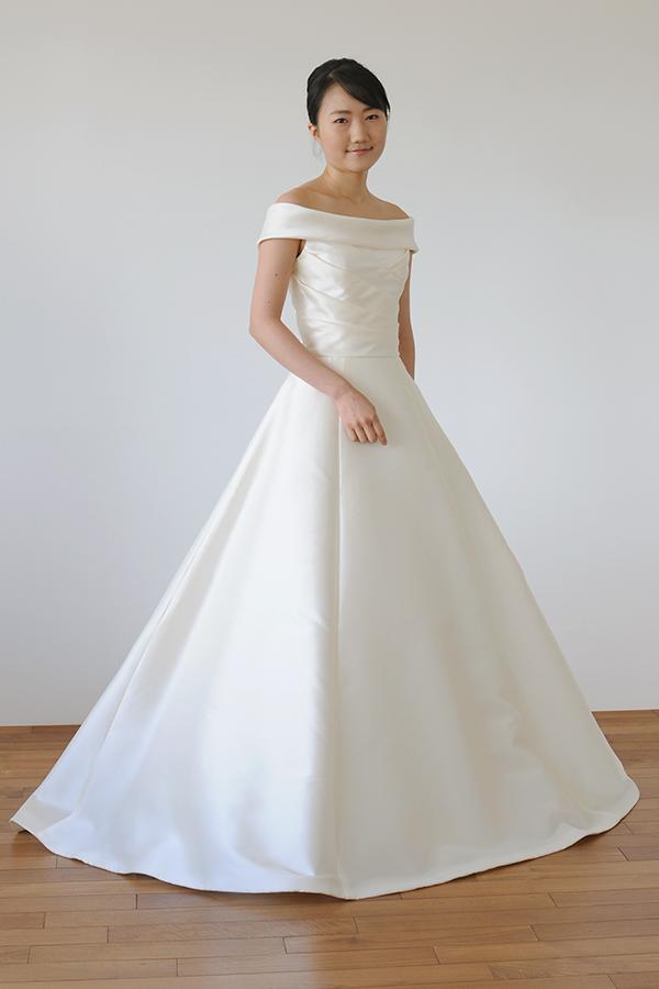 シルエットが綺麗なブラウス付き 2wayドレス