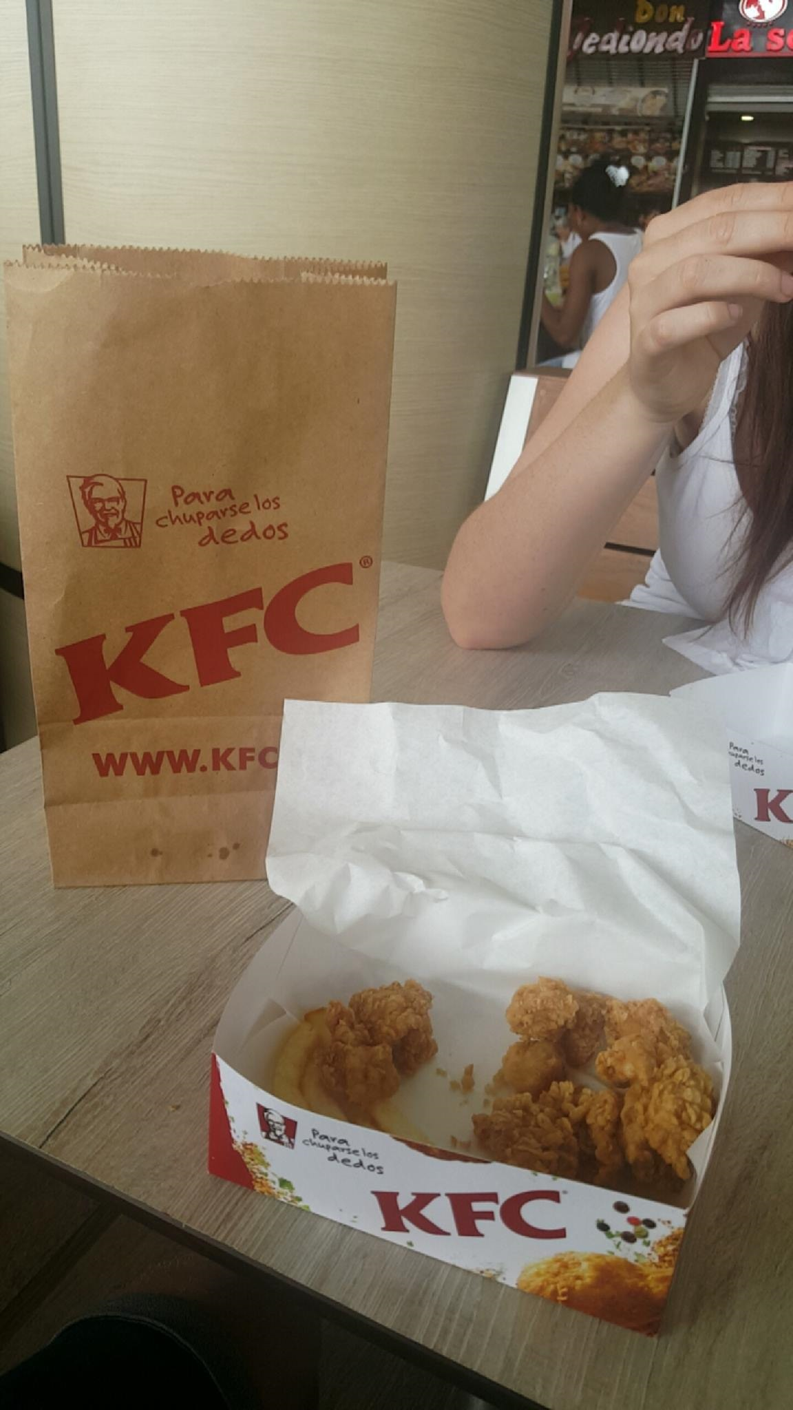 KFC Cali, Colombia