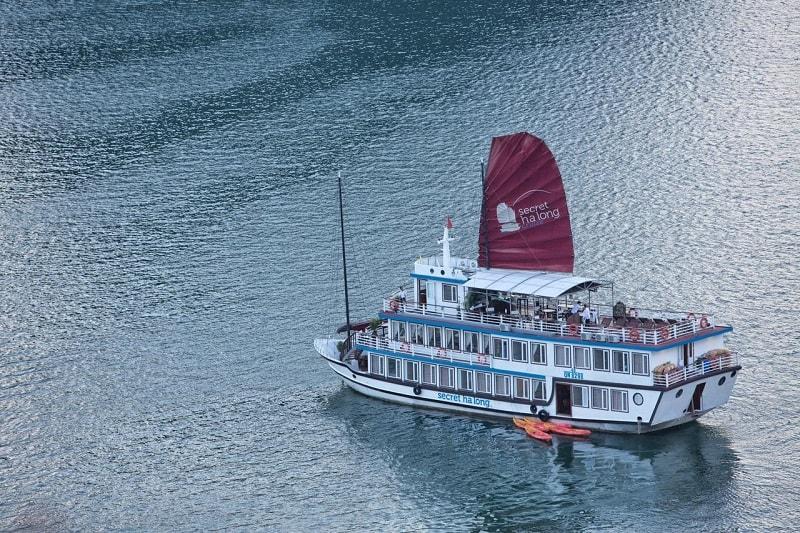 Secret Halong Cruise cheap Halong Bay tour