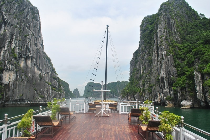 2 day Halong Bay tour boat