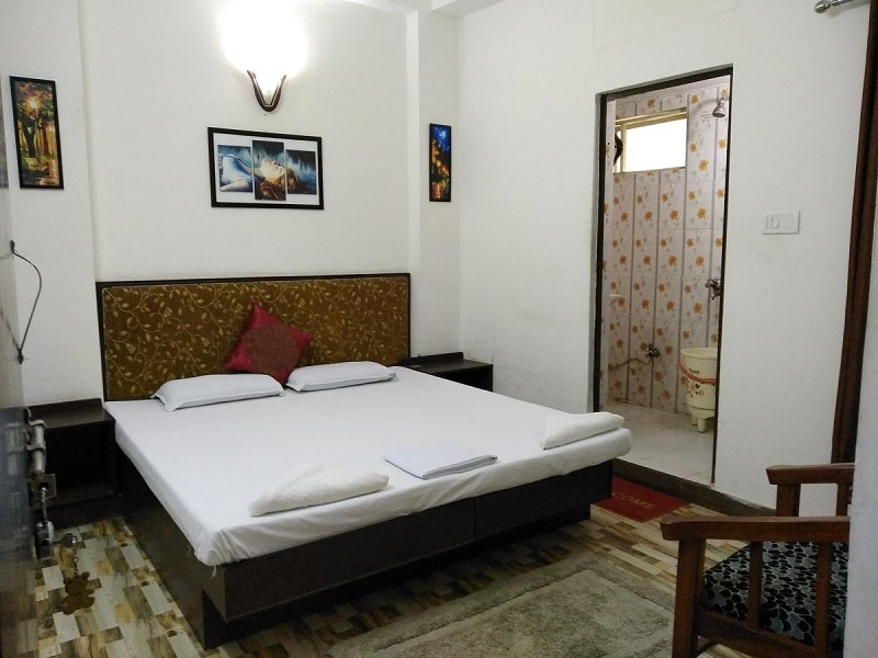 Max guest house in agra near taj mahal