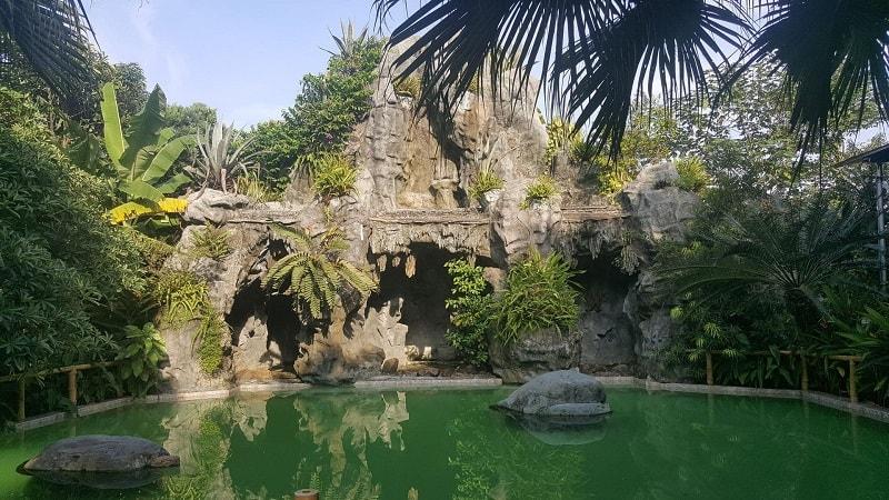 random waterpark in hanoi