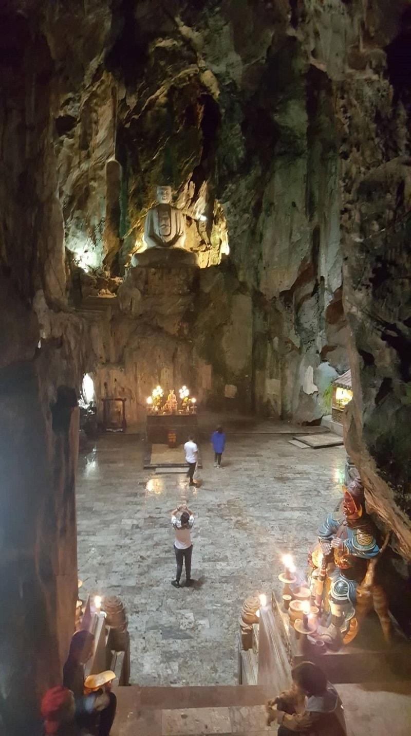 marble mountain cave in Vietnam
