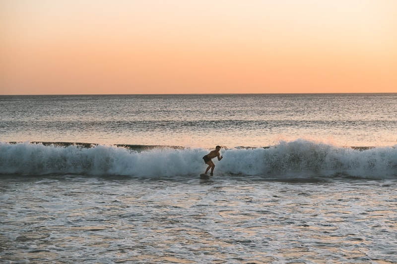 surfing in nicaragaua