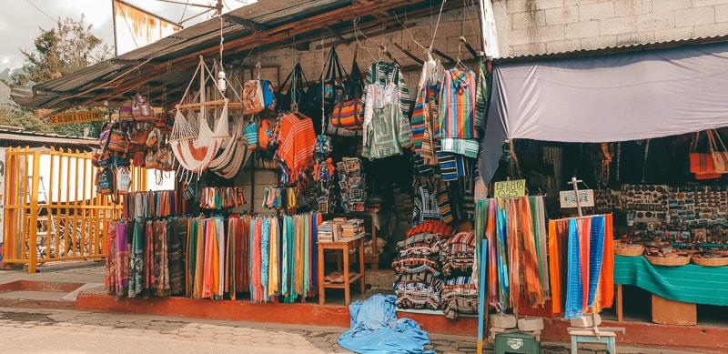 markets in panajachel