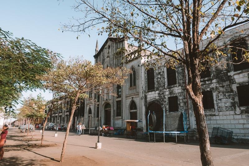city walking tour leon