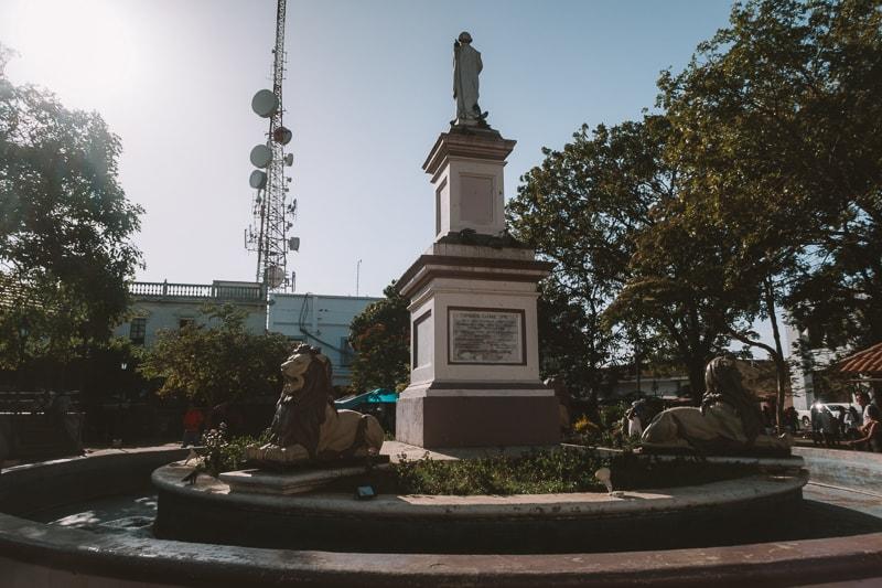 main plaza leon