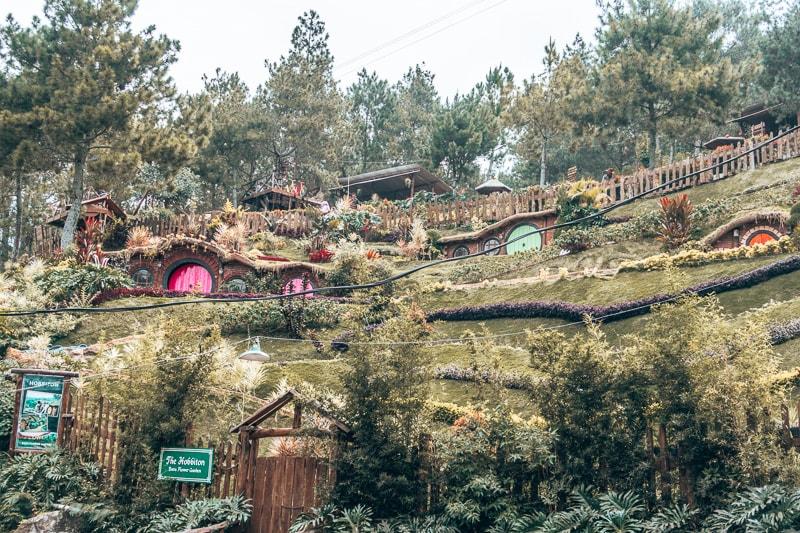 hobbit houses malang