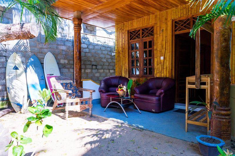 Lazy Bay Hotel