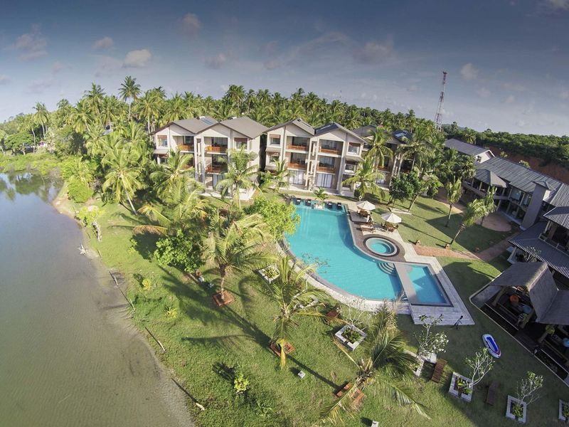 Amaranthe Bay Resort & Spa in Trincomalee
