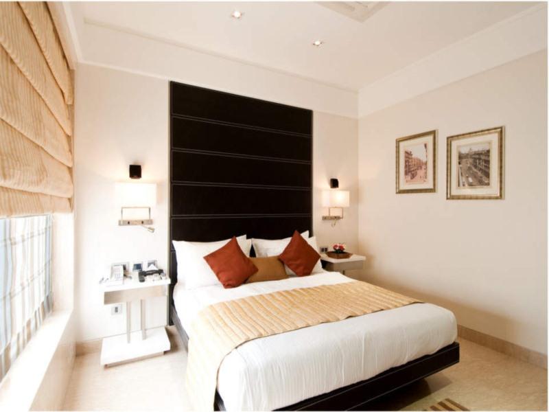 Rooms at Residency Hotel in Mumbai