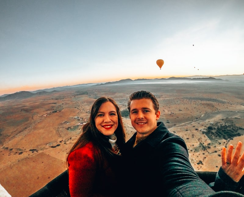 brad and caz in hot air balloon ride