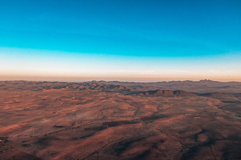 desert views from hot air balloon