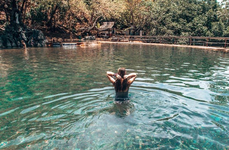 manquit hot springs