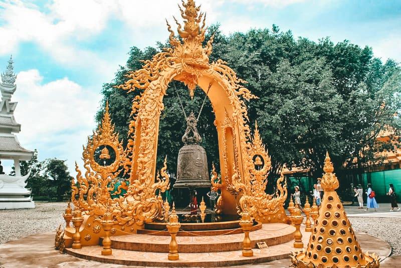 temples in chiang rai