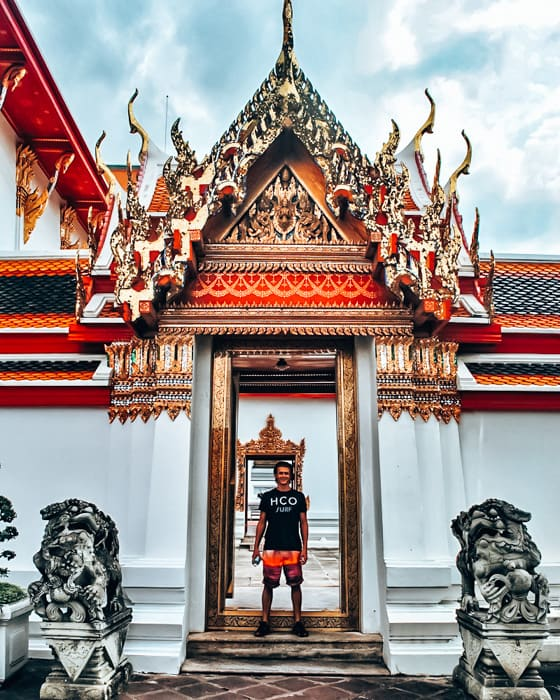 what to wear in thailand for men