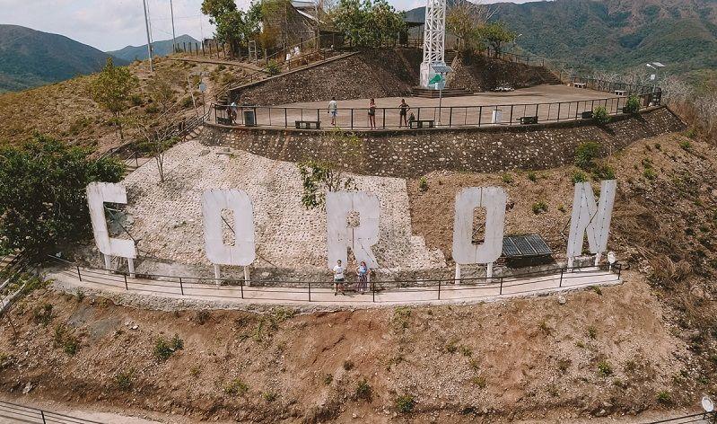 coron sign coron town