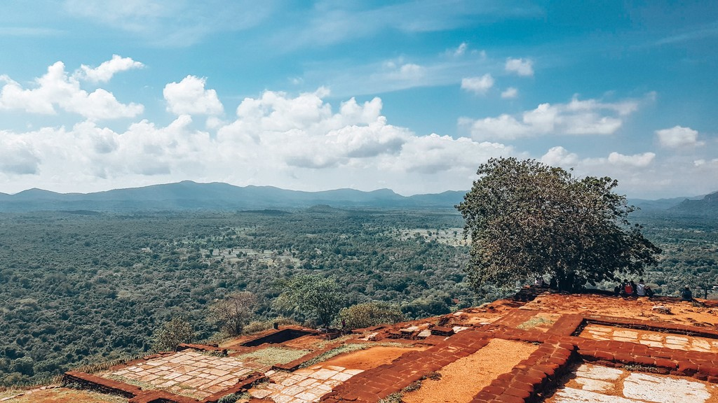 top of sigiriya lion rock