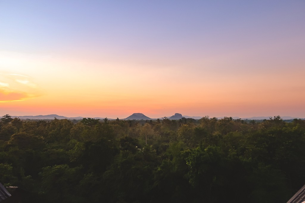 sunrise over sigiriya rock