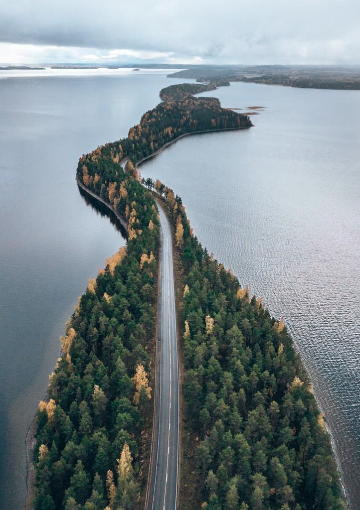 driving finnish lakeland