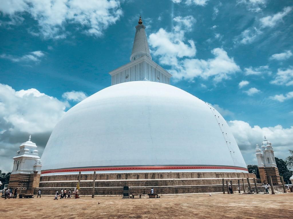 Ruwanwelisaya Stupa