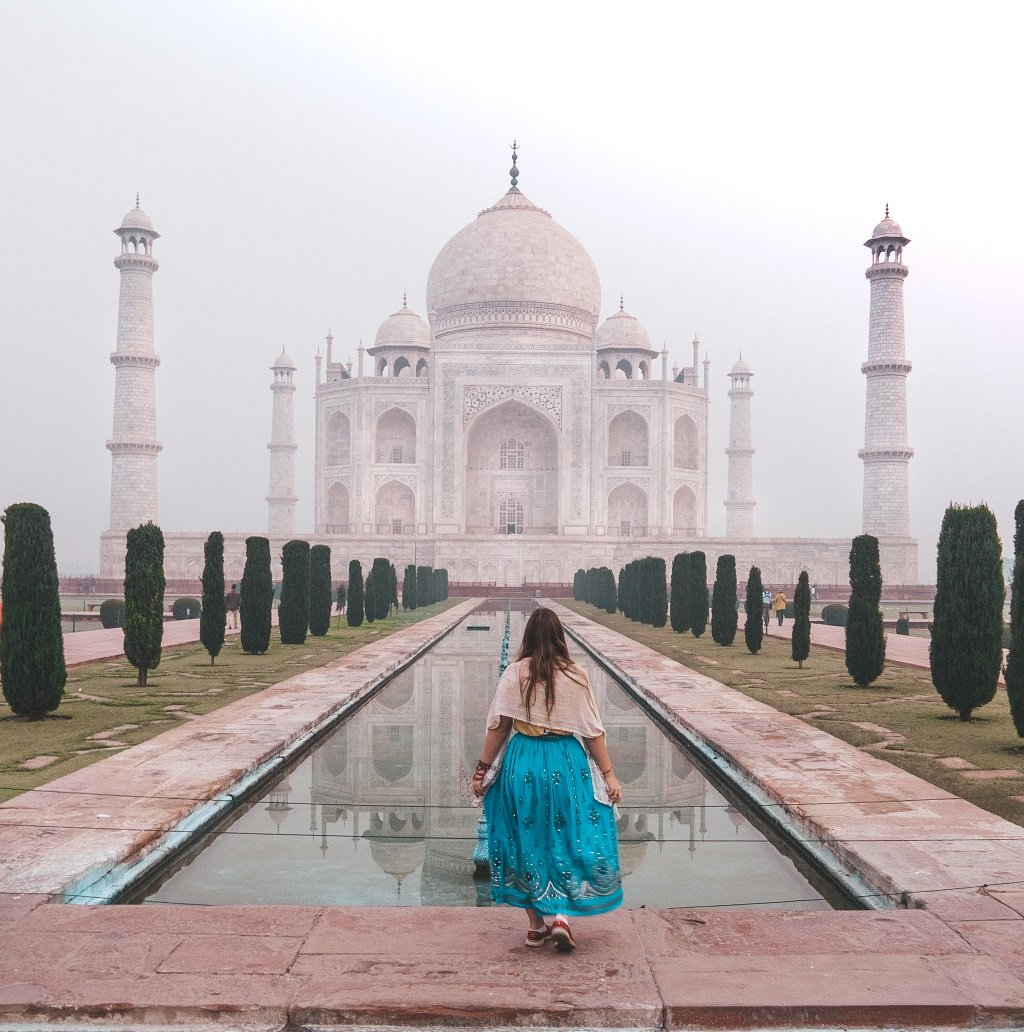 what to wear at the Taj Mahal
