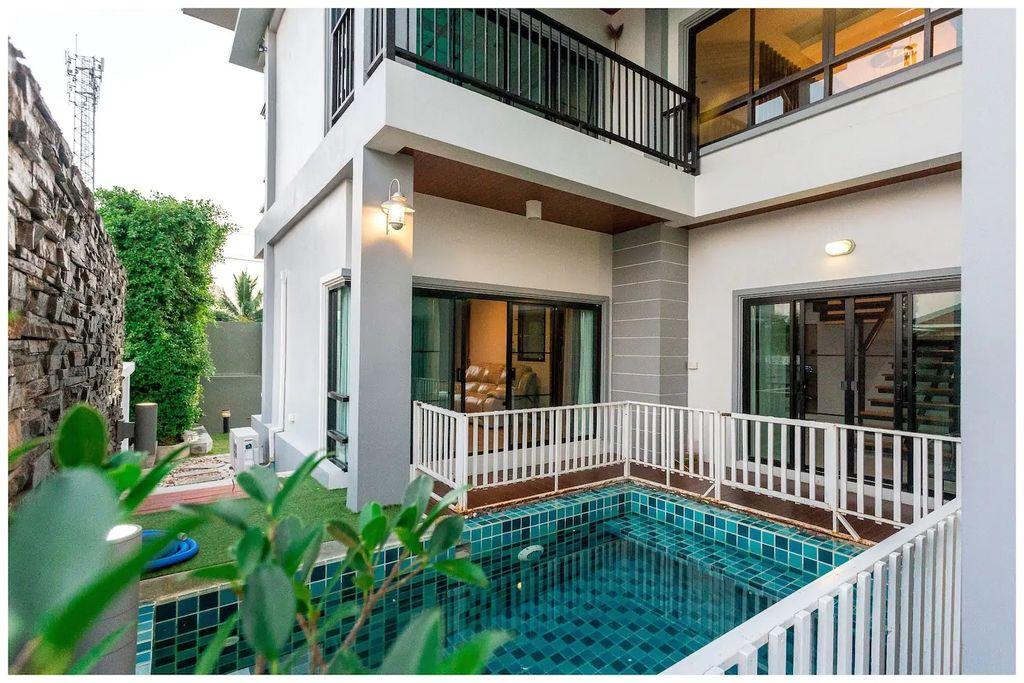 Richly Pool Villa & Jacuzzi