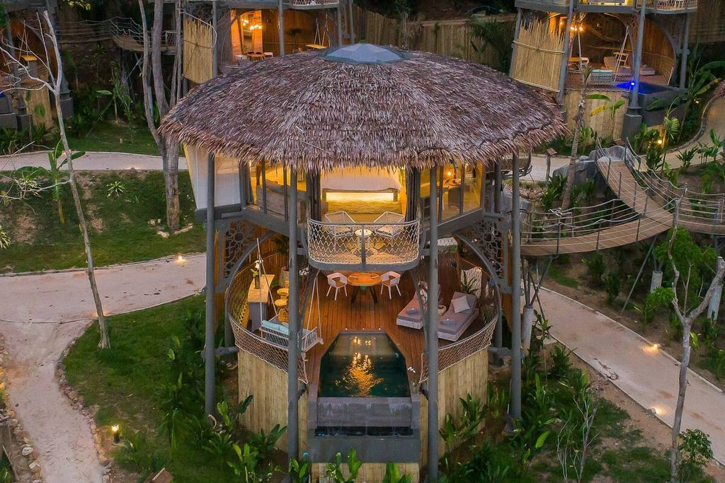 TreeHouse Villas Thailand with pool