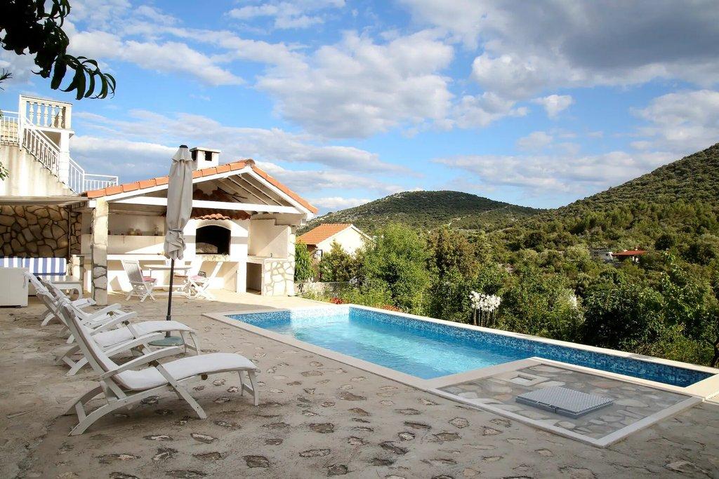 croatia honeymoon villas