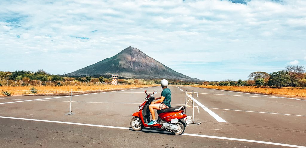 moped rental in Nicaragua