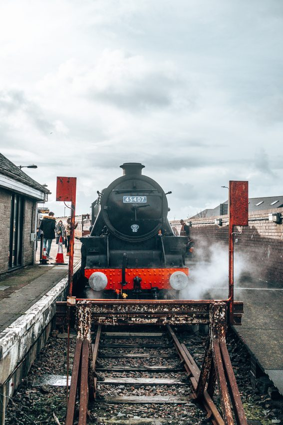 jacobite steam train